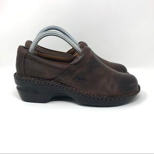 B.O.C. Peggy Leather Clogs Brown Women's 8.5